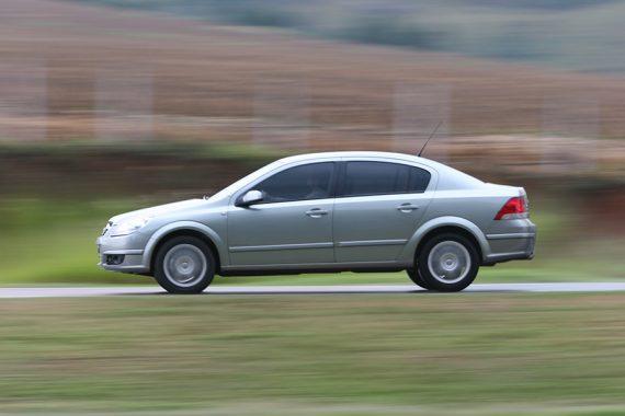 Comissão flexibiliza regra sobre remoção de veículo por falta de licenciamento